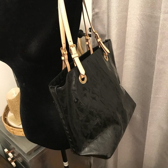 ec4bee3e2789 Michael Kors Bags | Black Patent Leather Large Tote | Poshmark
